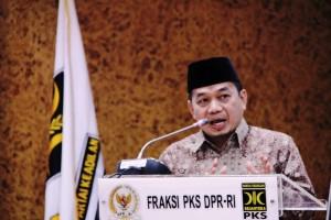 Ket Foto : Ketua FPKS DPR-RI Jajuli Juaini